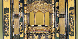 金仏壇の製造のイメージ